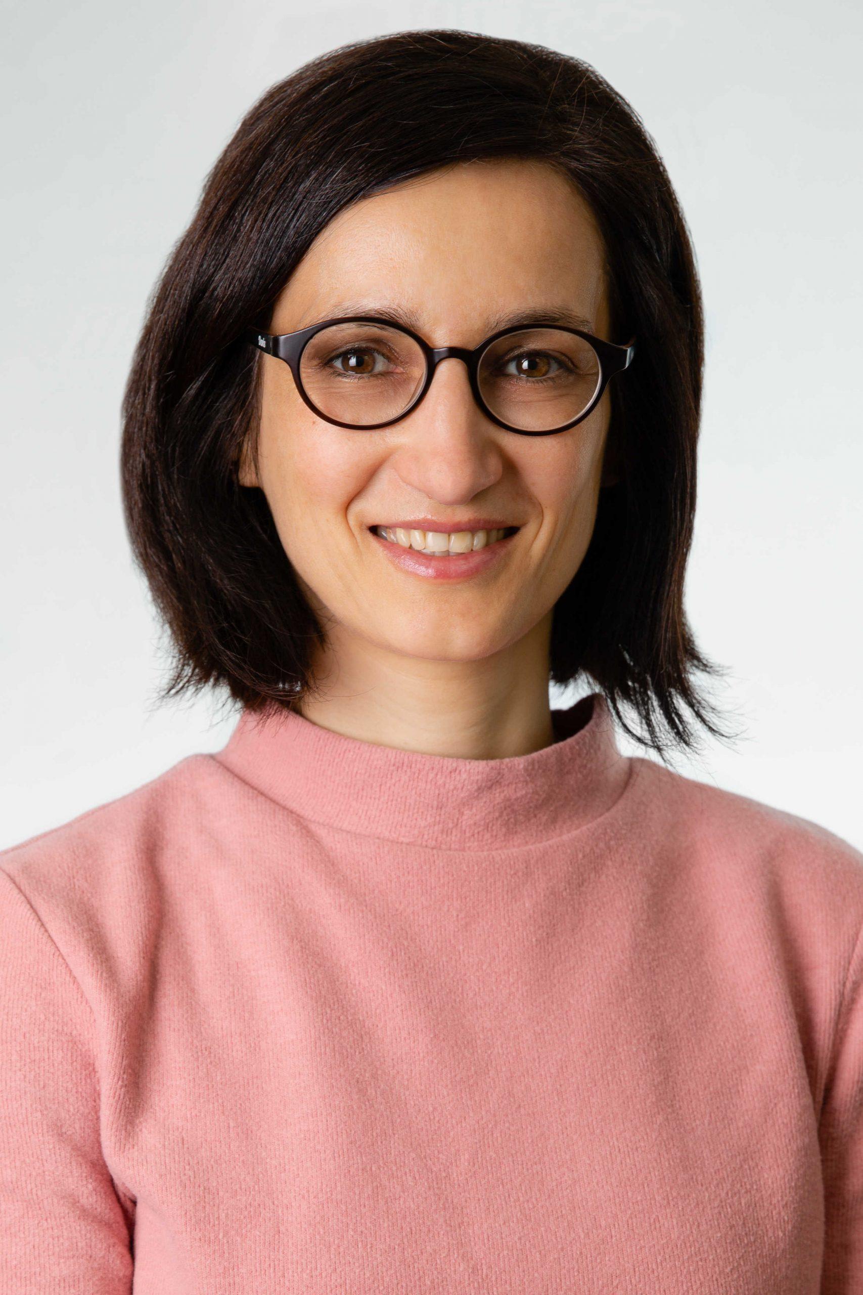 Alina Tierney